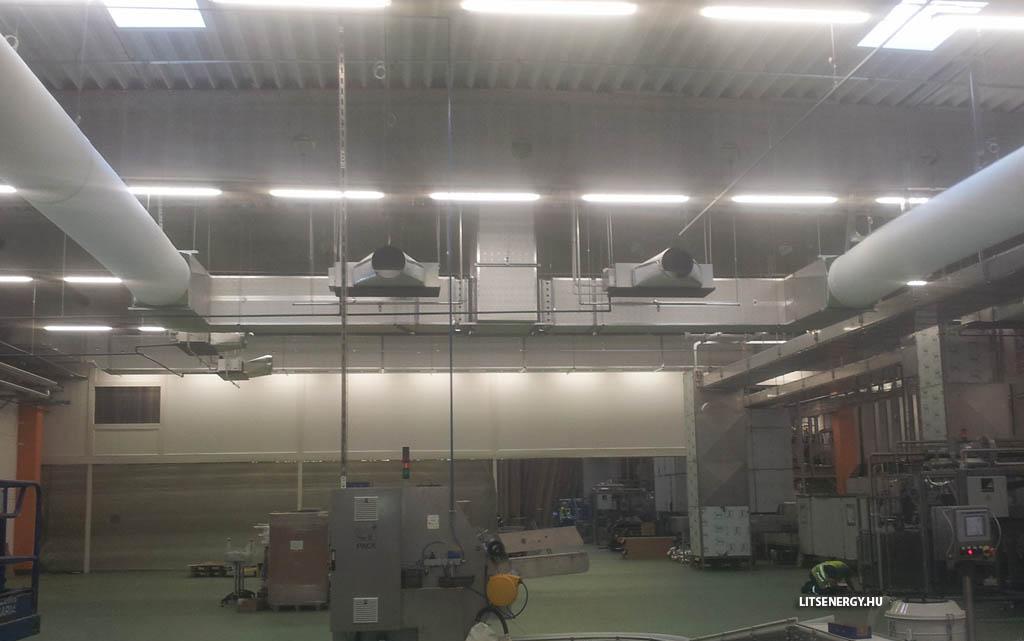 A textil légcsatorna, ami követi az épület alaprajzát